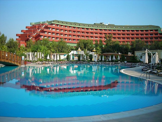 Отель Delphin Deluxe Resort