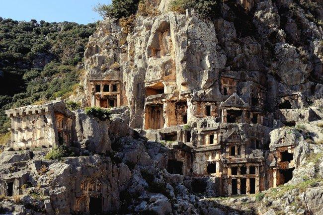 Ликийские скальный гробницы в Демре