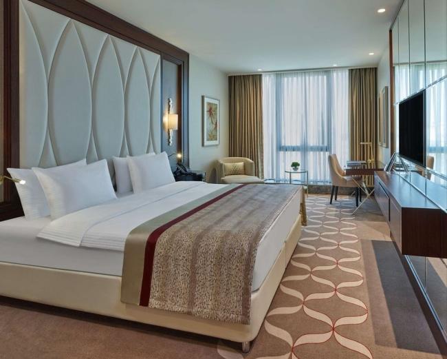 Отель Elite World Europe