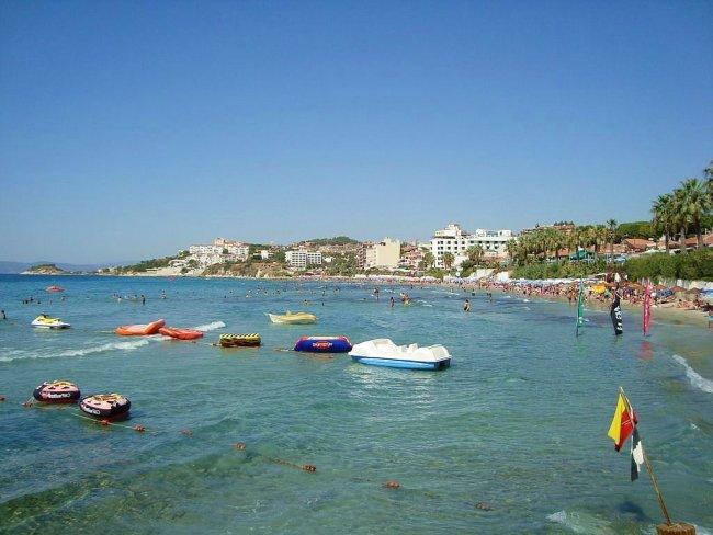 Курорт Кушадасы, пляж Женский на Эгейском море