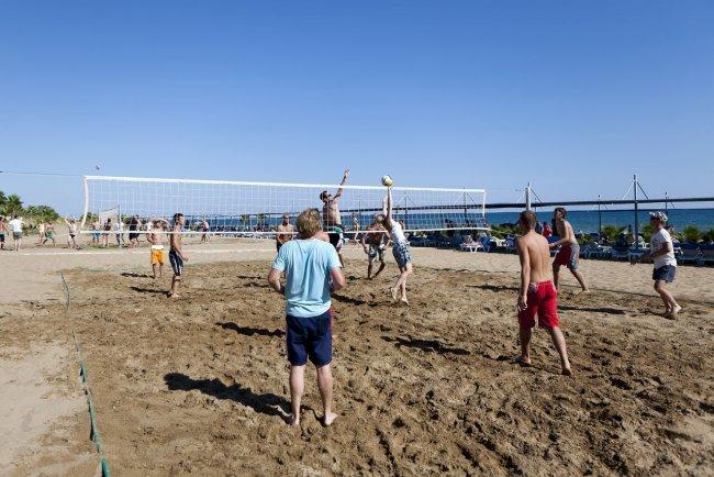 Воллейбол на пляже в Чолаклы