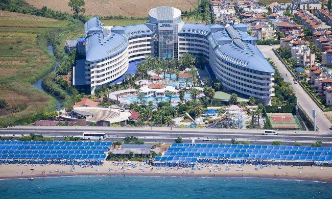 Отель Crystal Admiral Resort