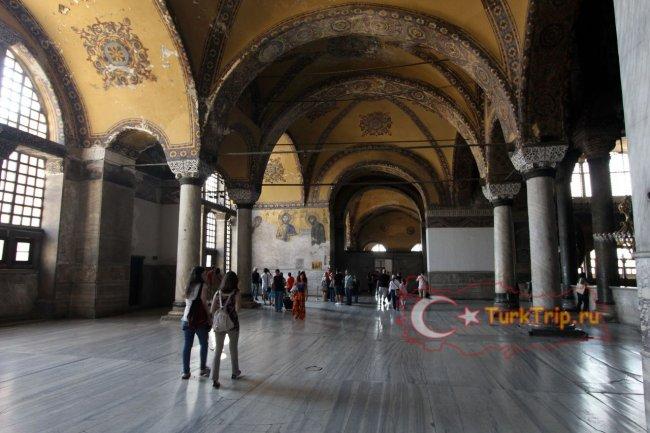На втором этаже Софийского собора в Стамбуле