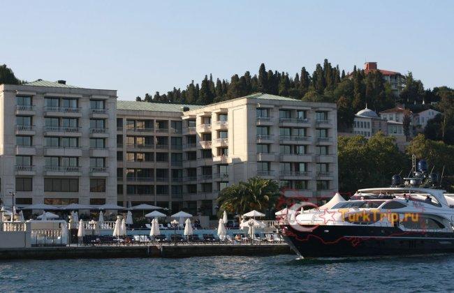 Отель на берегу Босфора