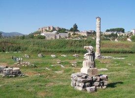 Остатки храма Артемиды в Эфесе