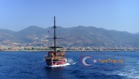 Экскурсия на яхте