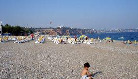 Отличная солнечная погода на пляже в Анталии