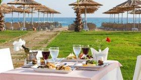 Ужин на побережье в отеле Heaven Beach Resort & Spa